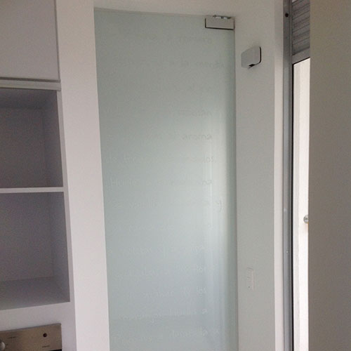 04-zona-de-ropas